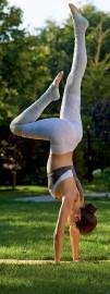 Au-delà du style, les vêtements pour le yogs... (PHOTO FOURNIE PAR SPORTIUM) - image 7.0