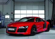 Les acheteurs de Audi R8 e-tron auront droit... - image 6.0