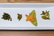 Boutons de marguerites, hémérocalle, fleur de courgettes, asclépiades.... (Le Soleil, Erick Labbé) - image 1.0