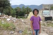 Maria da Penha pose devant les ruines de... (Collaboration spéciale Guillaume Piedboeuf) - image 2.0