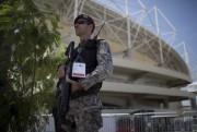85000policiers, pompiers et militaires qui les rues de... (AP, Leo Correa) - image 7.0