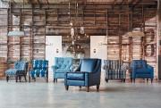 Des fauteuils d'appoint bleu injectent une dose de... (PHOTO FOURNIE PAR MEUBLES JC PERREAULT) - image 2.0