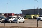 Des ambulanciers, des pompiers et des policiers ont... (Photo: Le Nord-Côtier) - image 4.0