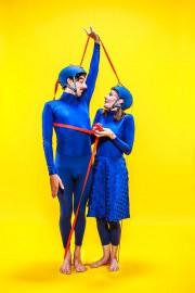La pièceTendremet en scène deux personnages fantasques dans... (PHOTO FOURNIE PAR LE FESTIVAL PETITS BONHEURS) - image 2.0