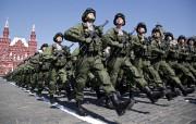 Près de 10 000 soldats, des chars et... (AP, Alexander Zemlianichenko) - image 2.0