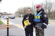 L'agent à la prévention du service de police... (Alain Dion, La Voix de l'Est) - image 1.0