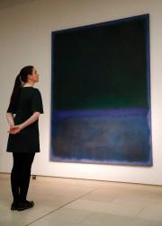 Le tableau de Mark RothkoN°17a été adjugé 42,25... (PHOTO AFP) - image 2.0