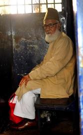 Le président du Jamaat-e-Islam, Motiur Rahman Nizami, assis... (PHOTO ARCHIVES AFP/STRINGER) - image 3.0