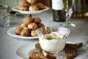 Ricotta au miel et au piment d'Espelette... (PHOTO TIRÉE DU LIVRE L'HEURE DE L'APÉRO) - image 2.0