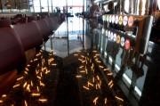 Les luminaires se reflètent sur la surface du... (Le Soleil, Jean-Marie Villeneuve) - image 3.0