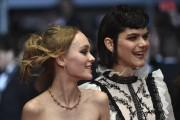 Lily-Rose Depp et Soko, qui tient le rôle... (AFP, Alberto Pizzoli) - image 2.0