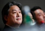 Le réalisateur Park Chan-wook, qui présente le film... (PHOTO JEAN-PAUL PELISSIER, REUTERS) - image 2.0