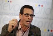 Le chef de l'opposition Henrique Capriles a appelé... (PHOTO MARCO BELLO, REUTERS) - image 4.0