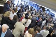 Quelque 200 personnes ont rendu hommage à Francis... (Photo Le Quotidien, Rocket Lavoie) - image 1.1