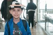 À son arrivée à l'aéroport de Bagotville, le... (Photo Le Progrès-dimanche, Michel tremblay) - image 2.0