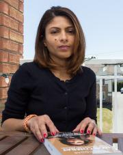 Ensaf Haidar, la femme du blogueur saoudienRaif Badawi,... (PhotoMarie-Lou Béland, Archives La Tribune) - image 1.0