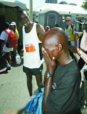 En 2006, les 14 premiers coureurs à franchir... (Archives LeDroit) - image 3.0
