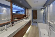 La salle de bain, derrière la chambre principale,... (Le Soleil, Patrice Laroche) - image 6.1