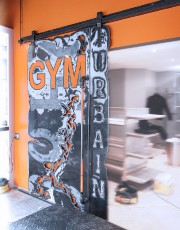 Cette porte a été créée pour le Gym... (Le Soleil, Pascal Ratthé) - image 3.0