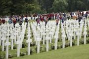 Quelque 3400 jeunes Allemands et Français, évoquant les... (Associated Press) - image 2.0