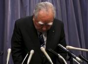 Le PDG de Suzuki, Osamu Suzuki, s'incline en... - image 2.0