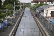 Un rail de chemin de fer a été... (AFP, Kenzo Tribouillard) - image 2.1