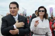 L'ex-dictateur Ben Ali marche près de Tunis, en... (PhotoFETHI BELAID, archives Agence France-Presse) - image 1.0