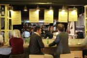 Des clients sont attablés à la Cozinha da... (PHOTO MARIE-ÈVE MORASSE, LA PRESSE) - image 6.0