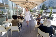 La terrasse du restaurantBazille, du magasin Nordstrom, au... (Martin Roy, LeDroit) - image 1.0