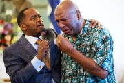 Le frère de Muhammad Ali, Rahaman (à droite),... (AP, David Goldman) - image 2.0
