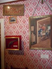 Sur ce mur de la maison de Jesse... (Collaboration spéciale Ian Bussières) - image 1.0