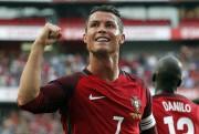 Le Portugal de Cristiano Ronaldo devrait sortir de... (AP, Steven Governo) - image 3.1