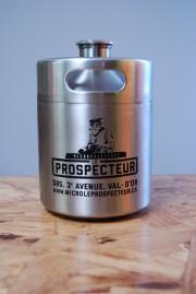 Le mini-baril de 1 L de la microbrasserie... (Photo fournie par Le prospecteur) - image 8.0