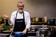 Cent personnes - chefs cuisiniers, journalistes et gourmets... (PHOTO PATRICK SANFAÇON, archives LA PRESSE) - image 2.0