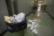 La plupart des écoles sont vieilles et sales... (Photo Ivanoh Demers, La Presse) - image 6.0