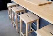 Le mobilier de cuisine préfabriqué, dont l'îlot, a... (PHOTO ALAIN ROBERGE, LA PRESSE) - image 3.0