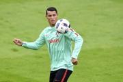 À l'Euro, Ronaldo n'a pas encore produit offensivement... (AFP, Francisco Leong) - image 5.0
