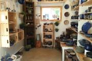 Tout de suite en entrant, la petite boutique... (Le Soleil, Jean-Marie Villeneuve) - image 3.0