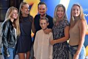 Corey Hart, Julie Masse, et leurs quatre enfants:... (Le Soleil, Patrice Laroche) - image 2.0