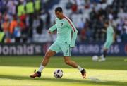 La vedette de l'équipe du Portugal, Cristiano Ronaldo... (AP, Frank Augstein) - image 5.0