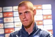 Le capitaine Skrtel (1,91 m; 81 kg) avec... (Agence France-Presse) - image 3.0