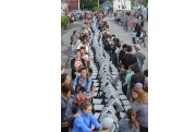 Quelque 350 participants ont envahi la 8e Avenue... (Le Progrès-Dimanche, Gimmy Desbiens) - image 1.0