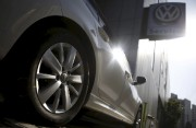 Le logo Volkswagen apparaît sur la roue d'une... - image 2.0