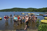 La traditionnelle traversée du lac à la nage... (fournie par ACBVLB) - image 2.0