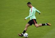 Ronaldo à l'entraînement mardi... (AFP, Francisco Leong) - image 5.0