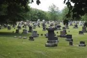 Des histoires de vétérans sont racontées aux cimetières... (Alain Dion, La Voix de l'Est) - image 2.0