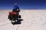 Dépaysement garanti en plein désert dans le Salar... (photo fournie) - image 2.0