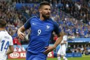 L'attaquant Olivier Giroud a marqué deux buts pour... (Thibault Camus, Associated Press) - image 2.0