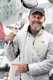 Le vétéran marin Luc Coquelin pilote leGuadeloupe Dynamique,... (Le Soleil, Jean-Marie Villeneuve) - image 5.0