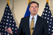 Le diecteur du FBI James Comey... (PHOTO Cliff Owen, AP) - image 3.0